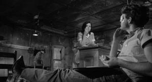 Timothy Bottoms and Eileen Brennan